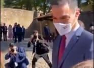 El vídeo viral de lo que le pasó a Pedro Sánchez al acercarse a un grupo de gente llega al
