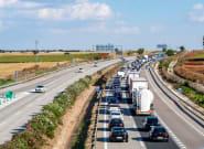 La DGT avisa: los conductores se están creyendo un bulo y les está costando numerosas