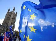 Le projet d'accord sur le Brexit entre les mains des ministres de Theresa
