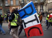 Gilets jaunes: Philippe promet un débat sur le référendum d'initiative
