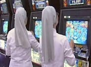 Dos monjas ludópatas malversaron medio millón de dólares para viajar y jugar en Las