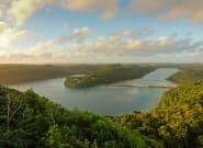 Tonga coupé du monde après une panne