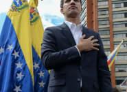 Au Venezuela, Juan Guaido, le président de l'Assemblée, se proclame