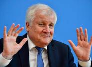 El principal aliado de Merkel trató de imitar a la ultraderecha y le salió (MUY)