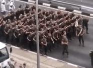 Lo que no se vio en televisión: esto hacían los soldados antes del desfile del