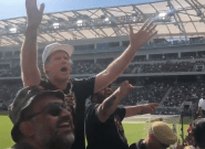 Will Ferrell met le feu au Los Angeles Football