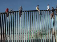 La caravane des migrants commence à arriver à la frontière avec les