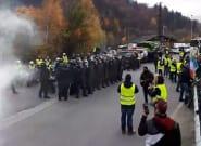 Gilets jaunes: 30 grenades lacrymogènes tirées près du tunnel du