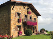 El Hotel Lurdeia de Bermeo (Vizcaya), el mejor hotel en la categoría de económicos según los usuarios de