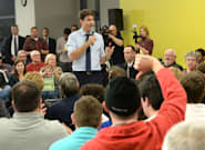 Trudeau Defends Pipelines In Saint-Hyacinthe, Que. Town