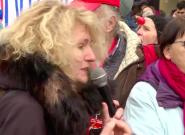 Martine Wonner copieusement huée par les manifestants réclamant plus de moyens pour la