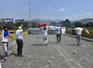 Varios heridos en los enfrentamientos en la frontera entre Venezuela y