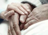 ENCUESTA: Ley de muerte digna, ¿a favor o en