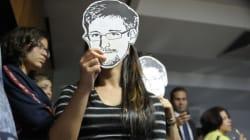 Snowden: le gouvernement britannique a forcé le Guardian à détruire des