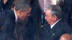 Poignée de main historique entre Barack Obama et Raul Castro
