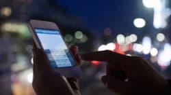 Utiliser son smartphone le soir pourrait nuire au sommeil et au
