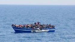 Italie: Une trentaine de cadavres sur un bateau secouru par la