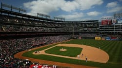 MLB 텍사스 구장에서 애국가