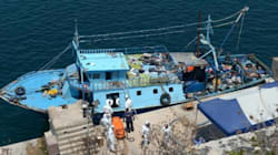 Le bilan s'alourdit à 30 morts dans le bateau de migrants secouru à