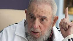 Fidel Castro signe un manifeste