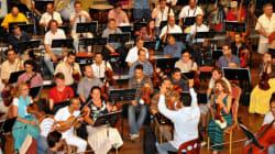 Deux chefs d'orchestre, un Algérien et un Suédois, 98 musiciens de 9 nationalités, tous à Alger pour la musique classique!