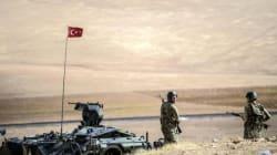 Syrie: Les jihadistes aux portes de Kobané asphyxiée, l'armée turque autorisée à
