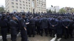 Les policiers maintiennent leur sit-in après la rencontre avec Abdelmalek