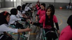 A Kaboul, les basketteuses en fauteuil roulant veulent oublier la