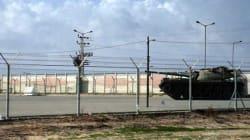 Tir de roquette: Israël ferme deux points de passage à