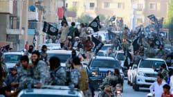중동의 강경 무장단체는 IS로