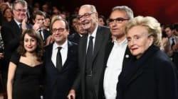 François Hollande remet un prix à la Tunisienne Amira
