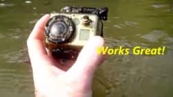 강에서 고프로 카메라를