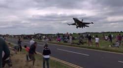 Το...πολύ κοντινό πέρασμα ενός τουρκικού F-16 πάνω από τα κεφάλια των