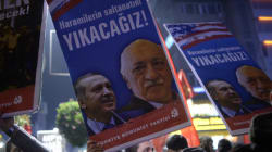 Κλιμακώνεται η κόντρα Ερντογάν-Γκιουλέν. Ζητήθηκε η σύλληψη του πνευματικού