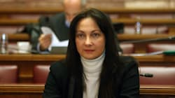 Διάψευση Έλενας Κουντουρά: «Δεν με προσέγγισε κανείς για να με