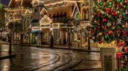Πώς να διαλέξετε το τέλειο χριστουγεννιάτικο δώρο για την αγαπημένη