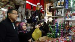Le monde célèbre Noël, assombri par les violences au