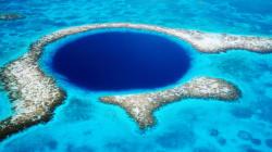 Αυτή η «Μπλε Τρύπα» στην Καραϊβική κρύβει το μυστικό της εξαφάνισης των