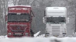 Με δυσκολίες η κυκλοφορία των οχημάτων στη Μαλακάσα λόγω έντονης