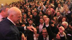 Δύσκολη αποστολή για τον Γ. Παπανδρέου, δηλώνει στην DW Γερμανός καθηγητής πολιτικών