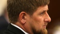 Tchétchénie: Des dizaines de milliers de manifestants protestent contre