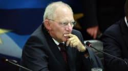 Σόιμπλε: Στο ενδεχόμενο ποσοτικής χαλάρωσης από την ΕΚΤ, δεν πρέπει να σταματήσουν οι