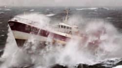 Εκπληκτικές φωτογραφίες: Όταν τα κύματα μετατρέπονται σε