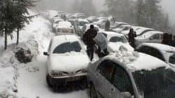 Plusieurs routes bloquées par les chutes de neige à travers le pays, selon la Gendarmerie