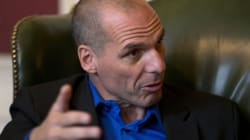 «Η κυβέρνηση δεν κάνει πίσω στο θέμα του χρέους» δηλώνει ο Γ.Βαρουφάκης μετά τις δηλώσεις στους