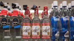 Ρωσία: Μειώνει την τιμή της βότκας καθώς οι καταναλωτές στρέφονται στο