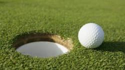 Αν έχεις τύχη διάβαινε: Πως το μπαλάκι του γκολφ μπορεί να καταλήξει στην τρύπα με αναπάντεχο