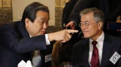 중학교 동창회에서 만난 김무성-문재인