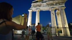 Η κυνική ανάλυση της Die Welt για το αν θα γίνουν φθηνότερες οι διακοπές στην Ελλάδα σε περίπτωση