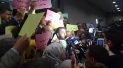 Le FFS boycotte, l'AVV manifeste et Sellal affirme